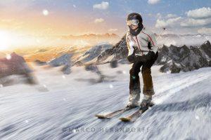 Lyžařka jede v italských Alpách